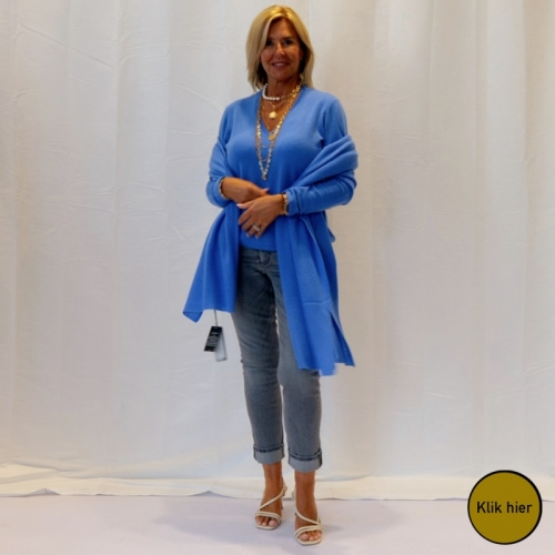 Electric Blue Look